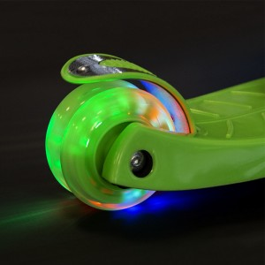 Hulajnoga dziecięca świecąca HLB06 NILS EXTREME Green