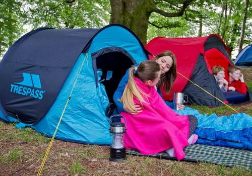 Rodzinny wypad pod namiot - jaki namiot wybrać?